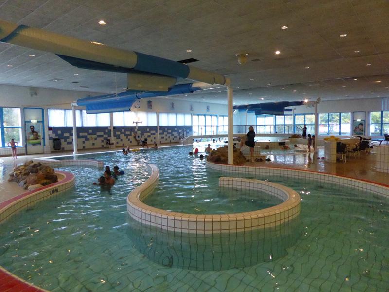 Zwembad charlois picswe